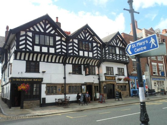 Ye Olde King's Head: lovely hotel