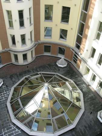 Domina St.Petersburg: view from courtyard room