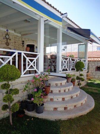 Aleysim Hotel : Veranda