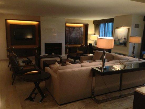 Hyatt Regency Greenwich: Living Room