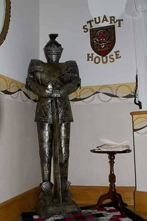 Stuart House Bed & Breakfast: Coat of Armour