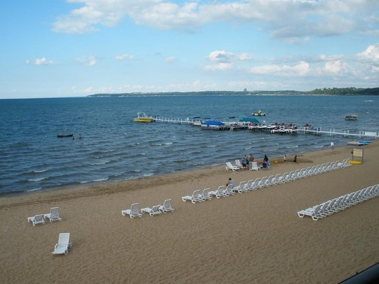 Parkshore Resort: View from beach front room