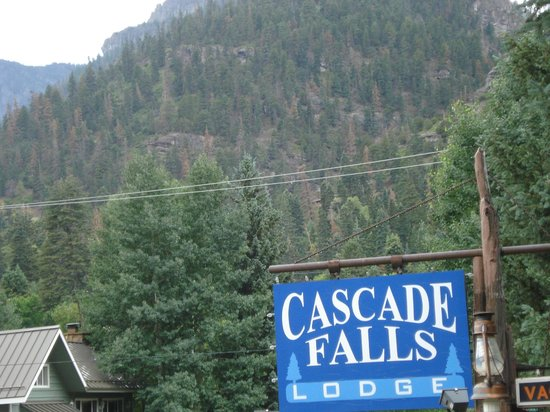 Cascade Falls Lodge: View from one of our windows