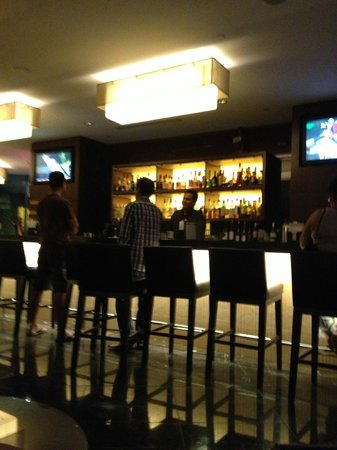 Hyatt Regency Crystal City at Reagan National Airport: Lobbibar