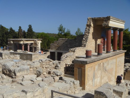 Palais de Cnossos - Picture of The Palace of Knossos ...