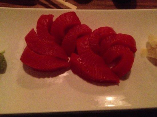 Enso: Salmon sashimi