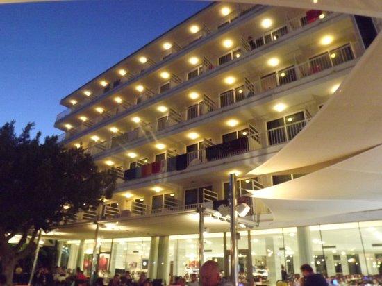 Hotel JS Sol de Alcudia: Hotel