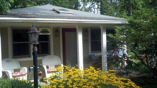 front porch of tuscany picture of hidden garden cottages suites rh tripadvisor com Holland MI Map of Saugatuck MI
