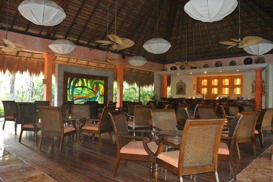 Iberostar Quetzal Playacar: Bar reception