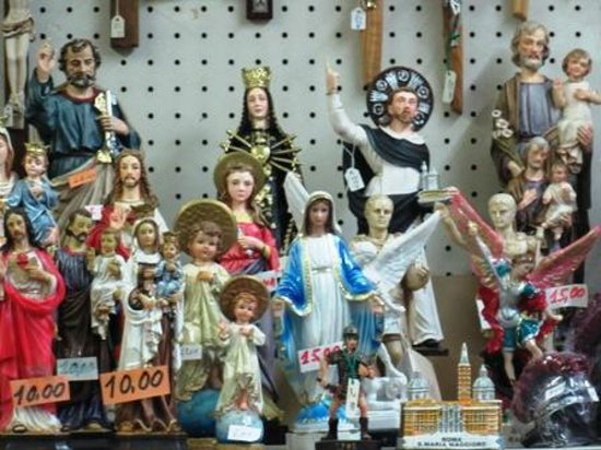 Some of the statues for sale at Rosario.