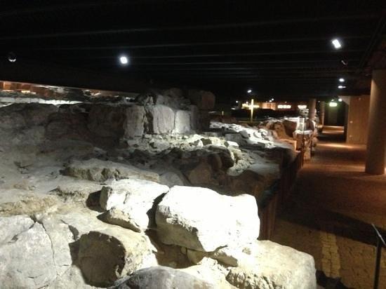 Gattostretto : Archeological site under the restaurant