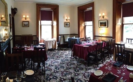 Ballyglass Country House: dine Restaurant