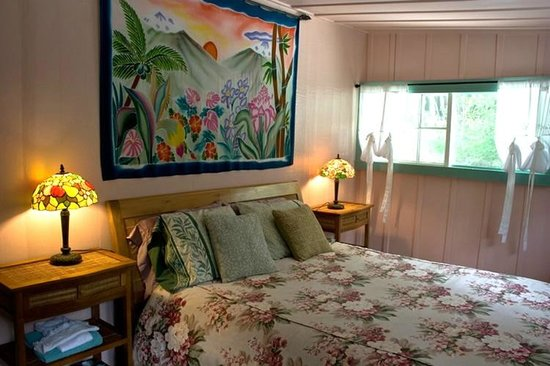 Wood Valley Temple Retreat & Guest House: Room