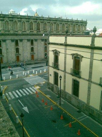 Hotel de Mendoza: Vista hermosa a la calle.