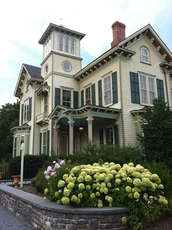 Jedediah Hawkins Inn & Restaurant: The Villa