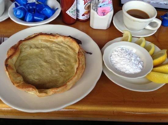 Original Pancake House: Dutch baby. モチモチした生地か美味しかった!