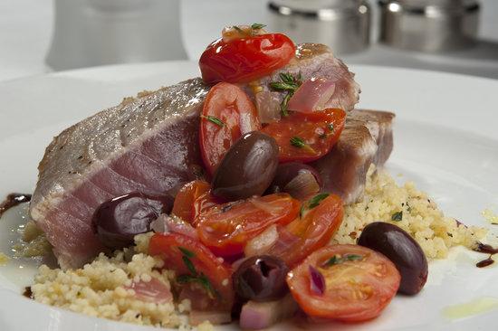 Anjou Restaurant : Tuna