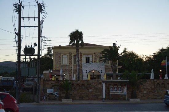 Grecian Castle Hotel: Vue façade