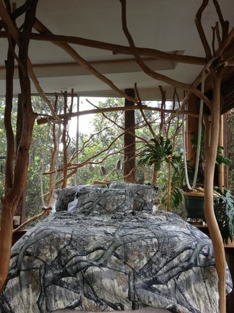Treehouse Skye: Master bedroom