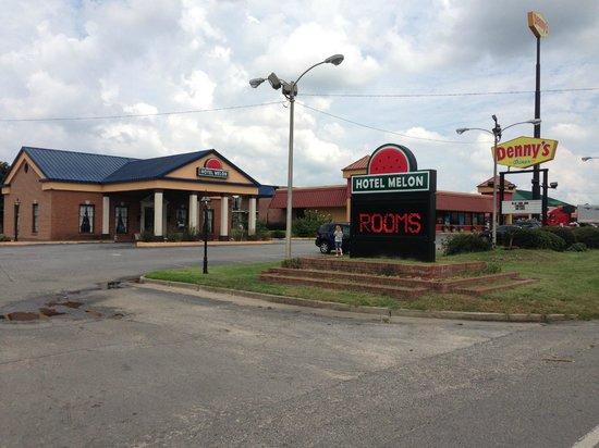 Motel 6 Cordele: property view
