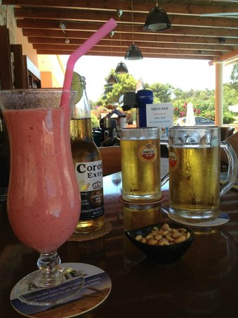 9 Muses Hotel Skala Beach: Lovely smoothies.