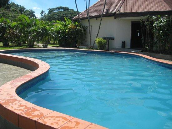 Gecko's Resort : Wonderful pool - great size for kids
