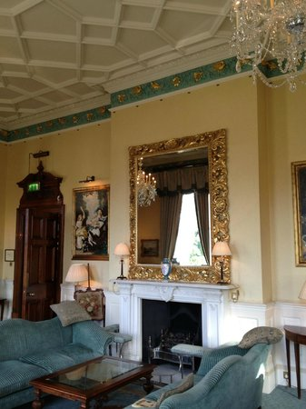 Kilworth House Hotel: One of the three lounges