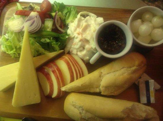 Jayelles: Ploughmans Lunch
