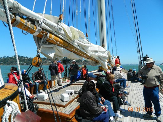 Next Level Sailing : All Hands on Deck