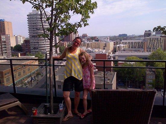 Hilton Garden Inn Montreal Centre-ville: LOVE THE PATIO!!
