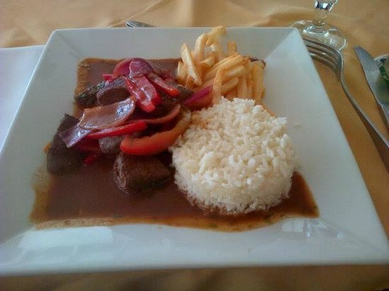 View Restaurant: Plat