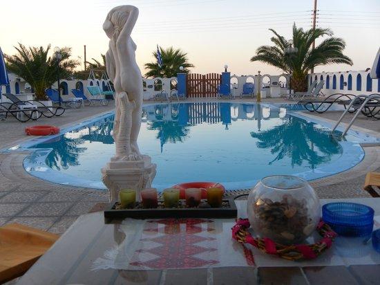 Pension Livadaros : La piscina2
