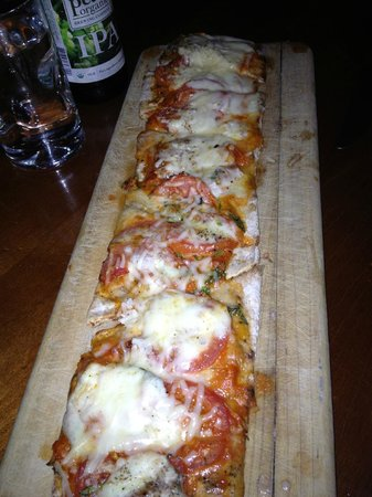 The Front Porch Piano Bar & Restaurant: Margarita Flatbread