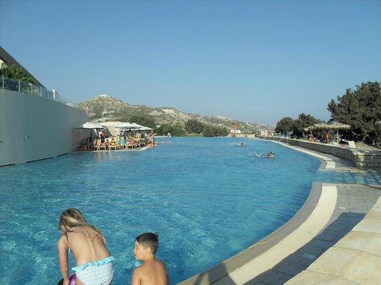 Blue Lagoon Village: Huge leisure pool