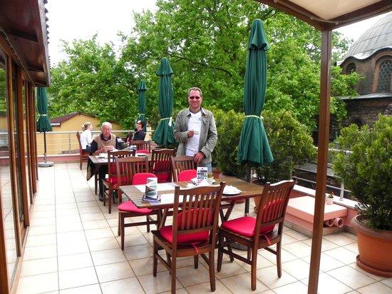 Zeynep Sultan Hotel: Comedor