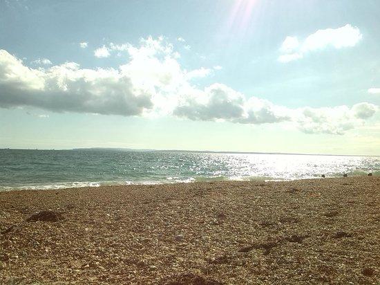 Eastoke Corner Beach: hayling island beach