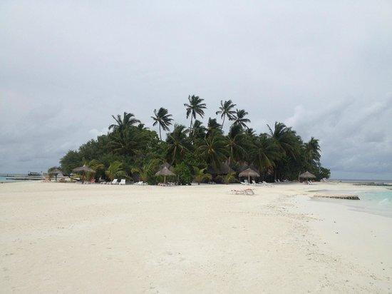 VOI Dhiggiri Resort : l'Isola vista dalla spiaggia