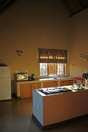 Hoedspruit Wildlife Estate: Open plan living area