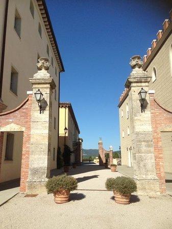 Vicarello Di Volterra: l'ingresso