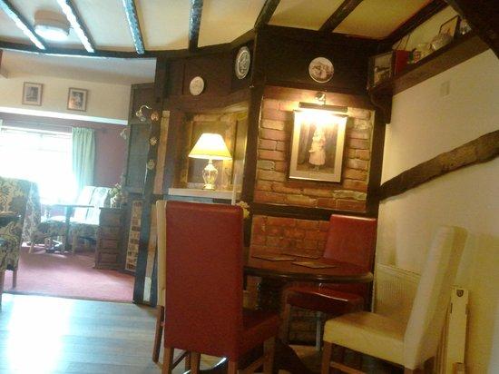 The Walnut Tree Hotel & Restaurant: restaurant