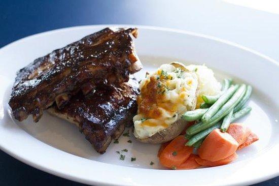 Savoury Bight Seaside Restaurant & Pub: Baby Back Rib Dinner (Special)