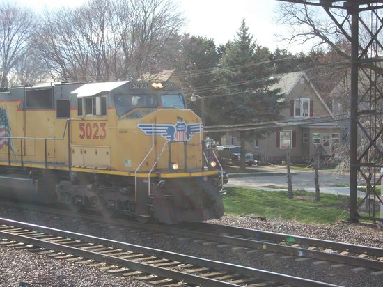 Eastbound BNSF Double Stack Train - Picture of Rochelle
