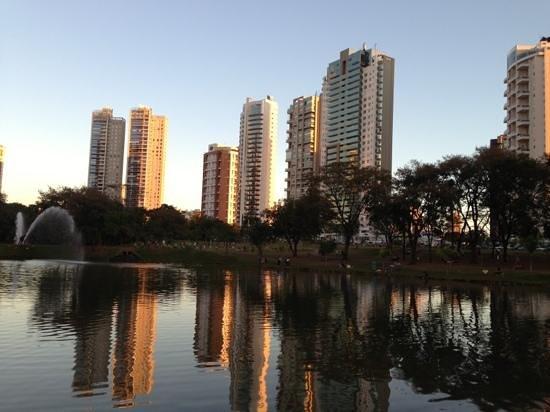 Parque Flamboyant: parque