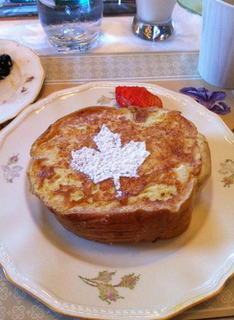 The Montague Rose B&B: Maple stuffed french toast for breakfast.. yummy!