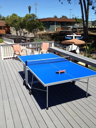 Ocean Echo Inn & Beach Cottages: Ping Pong table