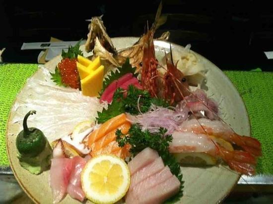 Kiku Sushi : Sashimi Plate