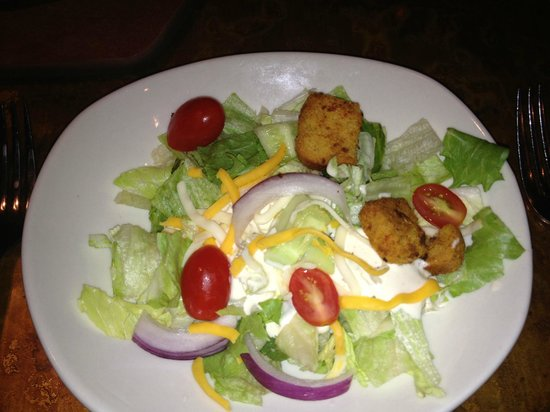 Outback Steakhouse: Salad with the best ranch dressing ever