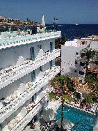 Hotel Es Vive: hotel view