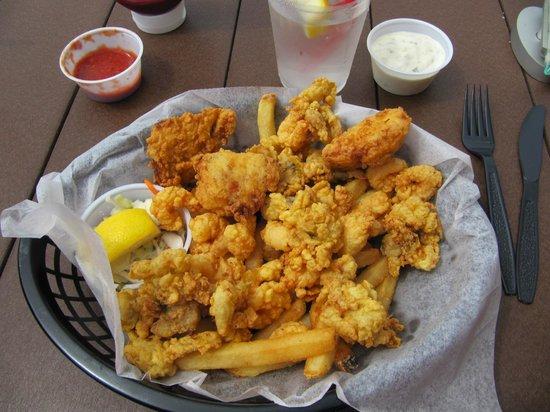 Dip Net Restaurant: Fisherman's Platter