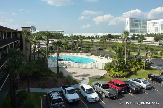 Days Inn Orlando Convention Center/International Drive: Vista do pavimento superior